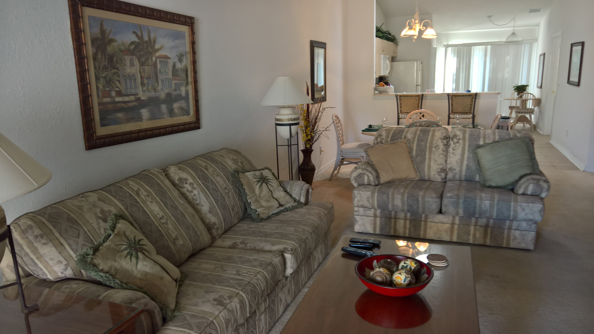 Rental In Panama City Curl Up On The Couch And Watch Your Favorite Shows Screen Tv