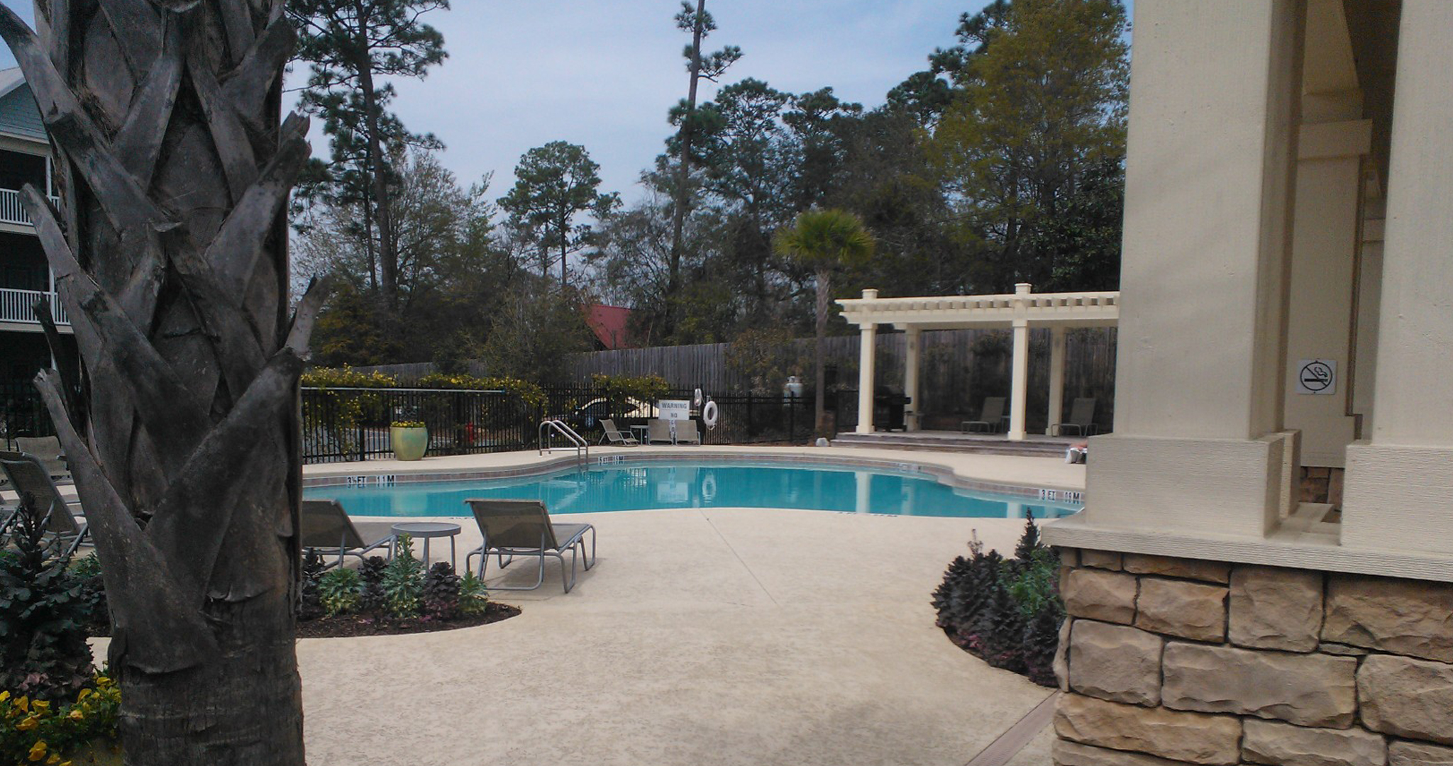 Enjoy the pool and other amenities at our corporate housing rental opportunities in Pensacola.